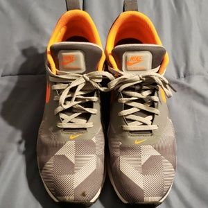 Men's Nike Air athletic shoes